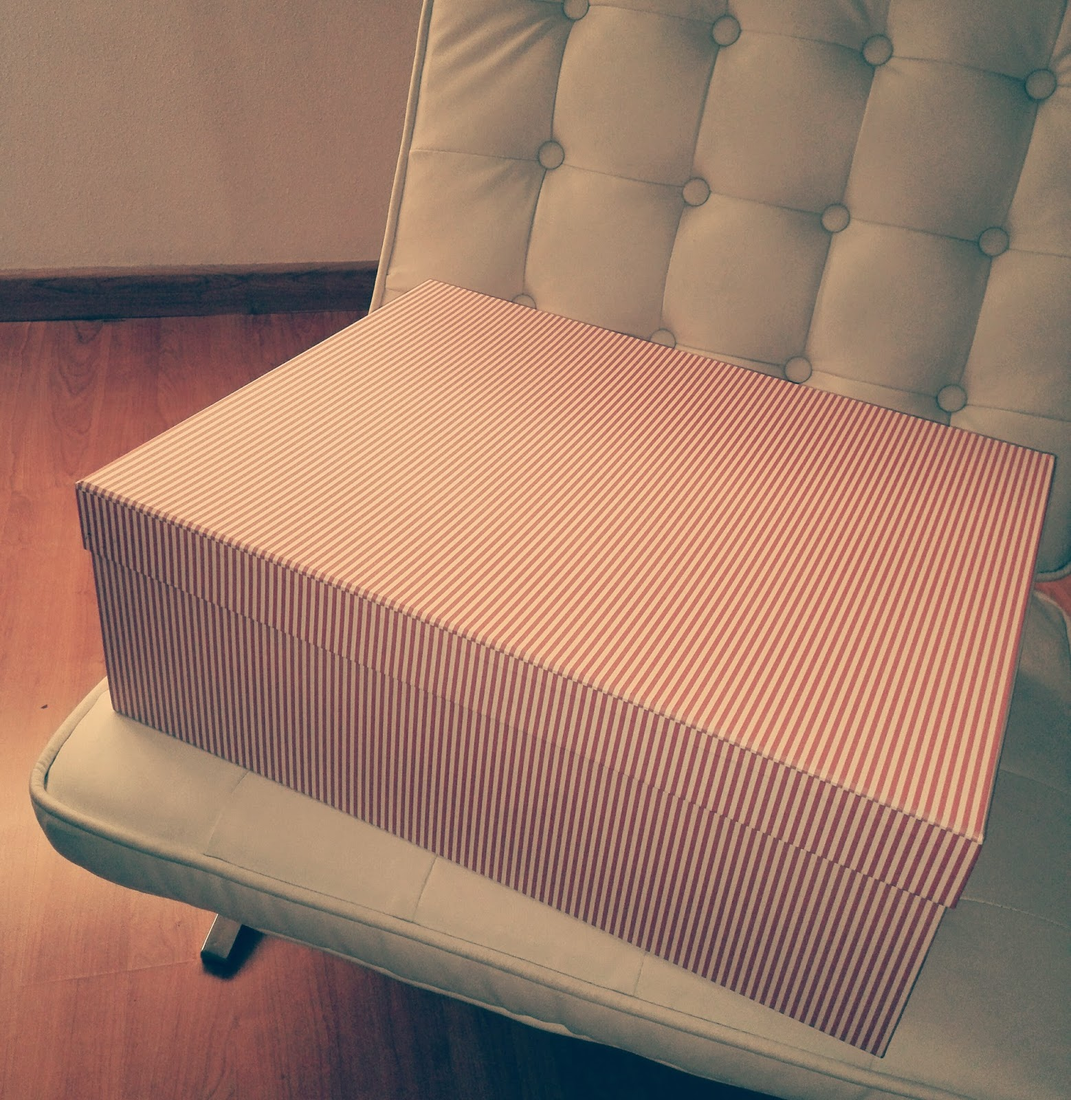 Cajas de carton para guardar vestidos de novia