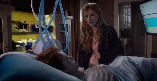Bella Thorne é a protagonista do filme Amityville: O Despertar