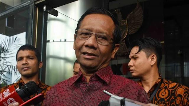 Mahfud MD Anggap Jokowi Keliru Percayakan soal Ba'asyir pada Yusril