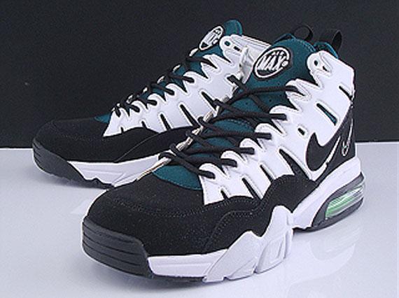 save off e102c 4243c Lorsque Sneaker Nouvelles vous a montré extraits d un couple à venir Nike  Air max pas cher Trainer  94s Max2 en Mars, un simple noir   blanc paire a  été ...