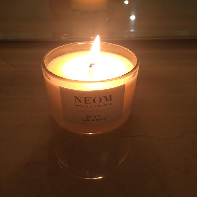 Neom Scent to Calm & Relax Candle Review