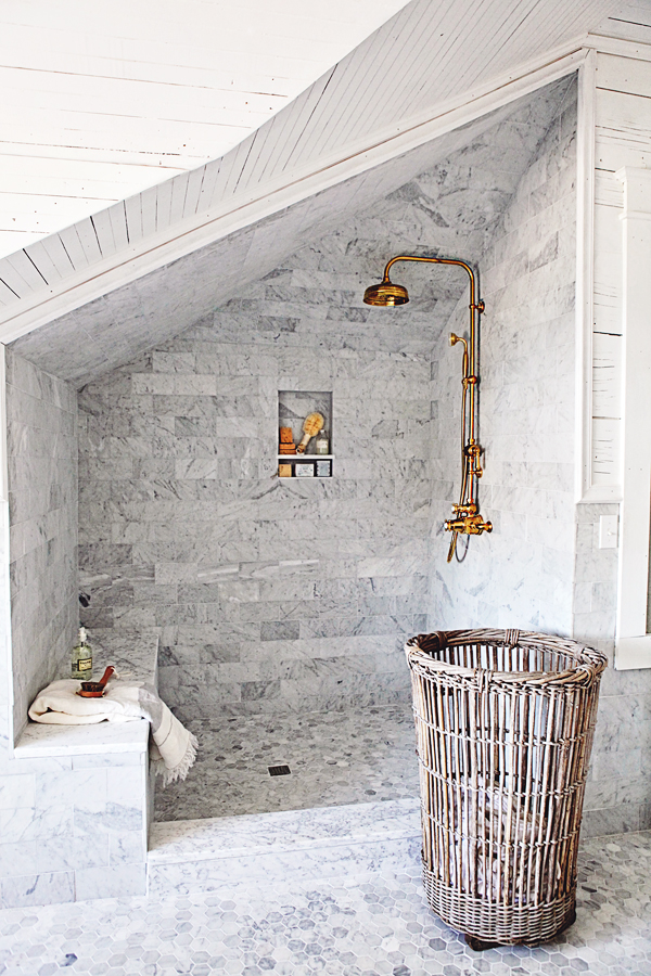 Dreamy Whites Master Bathroom Makeover With Unlacquered