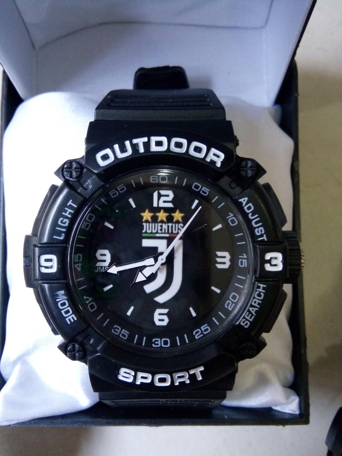 inilah beberapa contoh jam tangan bola yang kamipunya kami juga menerima pesanan jam tangan logo sendiri club perushaan atau pun komonitas anda dengan