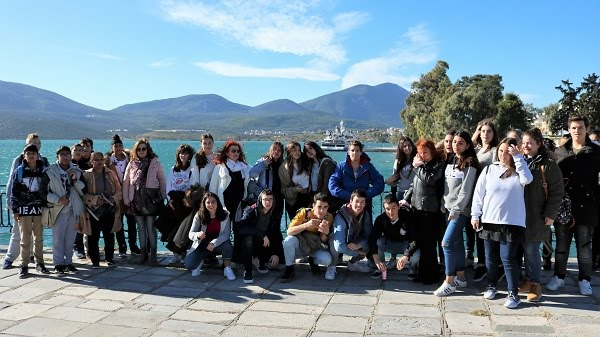 «Φρένο» από το Υπουργείο Παιδείας στις σχολικές εκδρομές μαθητών στο εξωτερικό