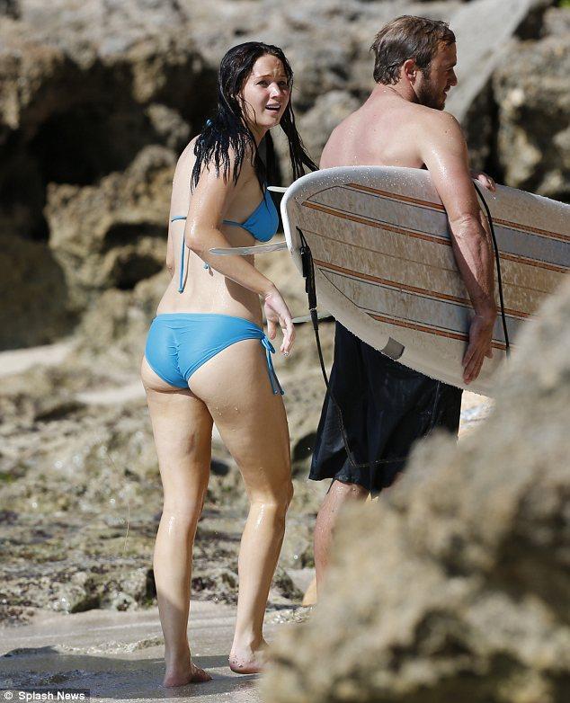 Naked Jennifer Lawrence Poses With Boa; Chris Pratt Joins