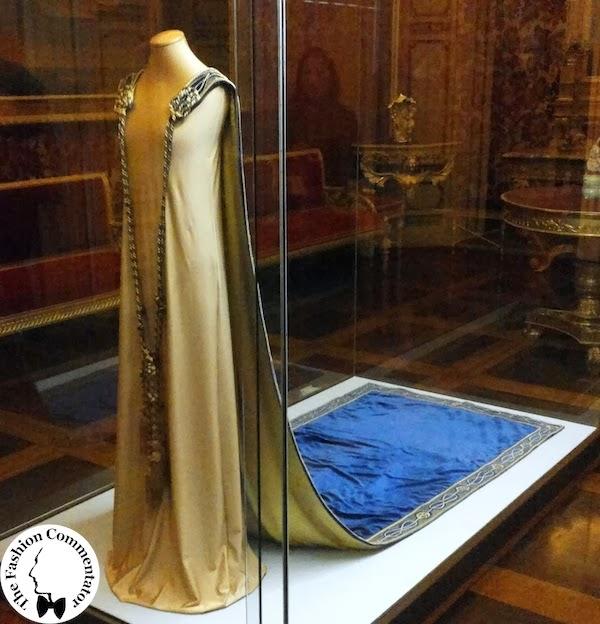 Donne protagoniste del Novecento - Donna Franca Florio cape - Galleria del Costume Firenze - Nov 2013