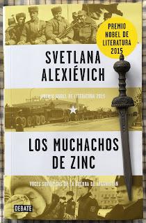 Portada del libro Los muchachos de zinc, de Svetlana Alexiévich