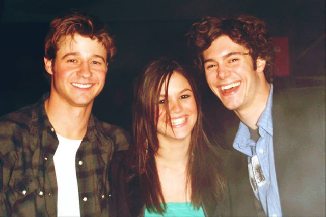 benjamin mckenzie rachel bilson and adam brody pose photo the oc