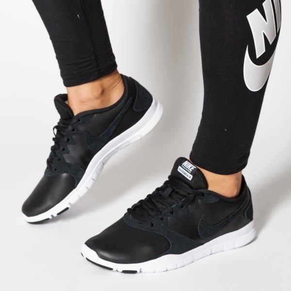 cheap for discount 48854 a4be0 Tênis Nike Flex Essential Tr Lt Feminino - Preto e Branco