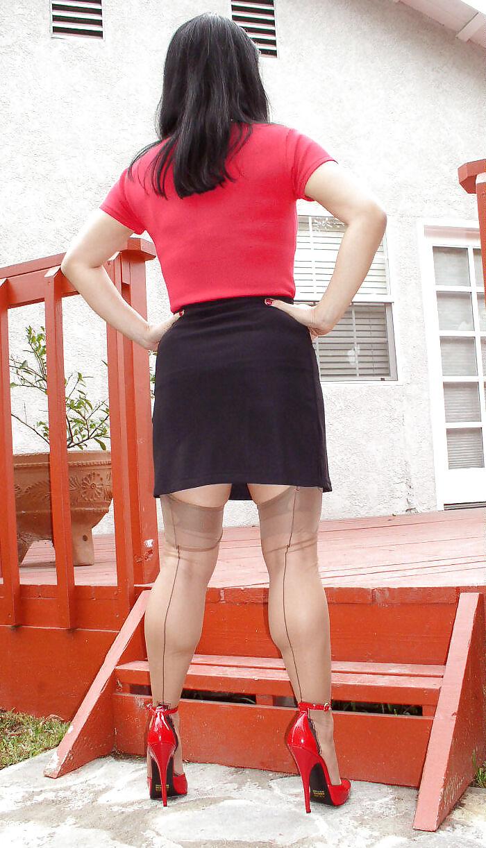 Asian Women Calves 47