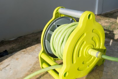 How to Watering in Garden with Hose Reel