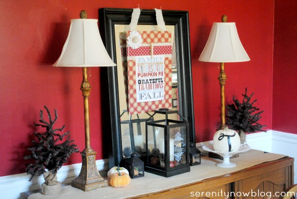 Thanksgiving Decorative Display Board, from Serenity Now blog