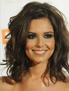 Best Shoulder Length Hairstyles for Round Faces