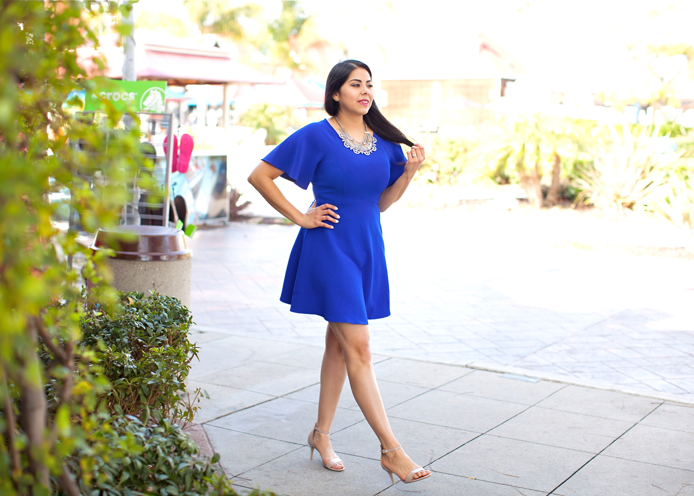 Blue Dress for night out, miss match sd blogger, brunette blogger, latina blogger, what to wear to a spring wedding