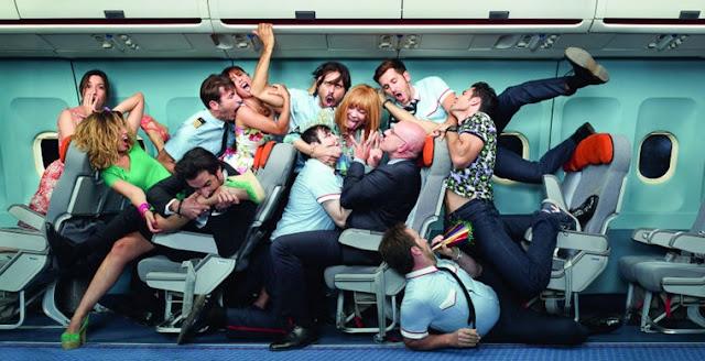 Стюардессы сознались в проступках: занимаются сексом в небе и обсчитывают пассажиров