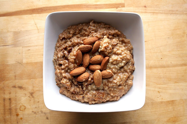 low-sugar oatmeal with nut butter