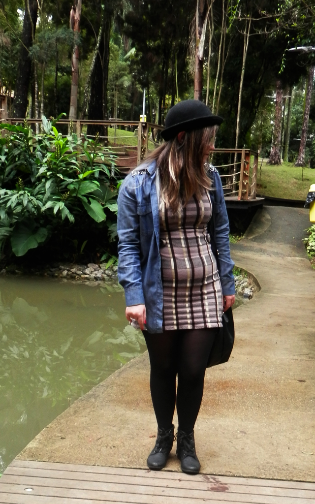 Look: Vestido de lã com parka
