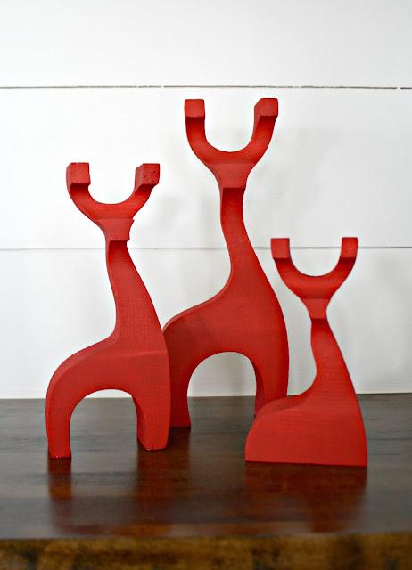 wood red reindeer