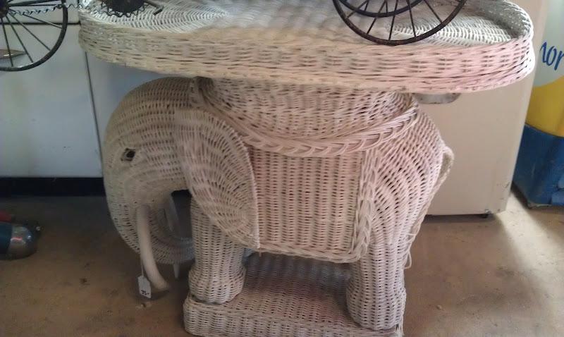 Desert Girls Vintage Pbkids Wicker Elephant Pedestal The