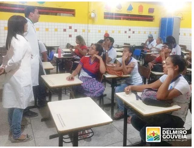 Secretaria Municipal de Saúde de Delmiro Gouveia,  realiza ações em alusão ao Dezembro Vermelho