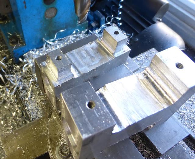 milling pedal shape