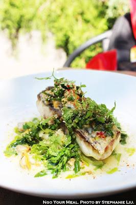 Shade Fish with Leaks, Seaweed, Hulls, and Galanga at Pirouette in Paris