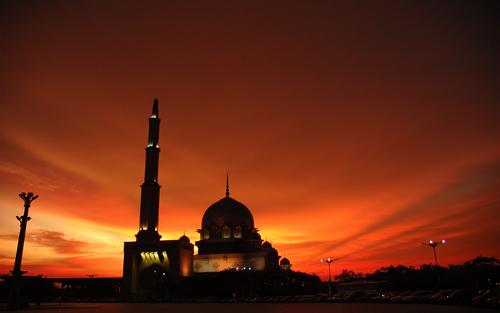 Nabi Melarang Anak-Anak Keluar Saat Menjelang Maghrib, Ternyata Inilah Alasannya