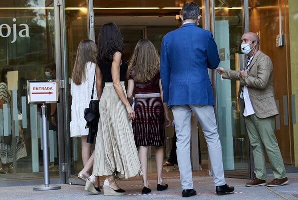 King Felipe, Queen Letizia and their daughters Princess Leonor and Infanta Sofia. Macarena suede espadrille wedges, Zara skirt