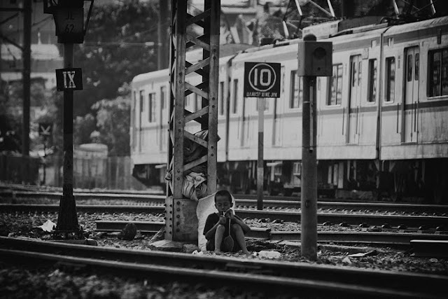 Stasiun Beos Jakarta by Charlie Hartono