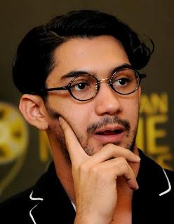 Karier Reza Rahadian