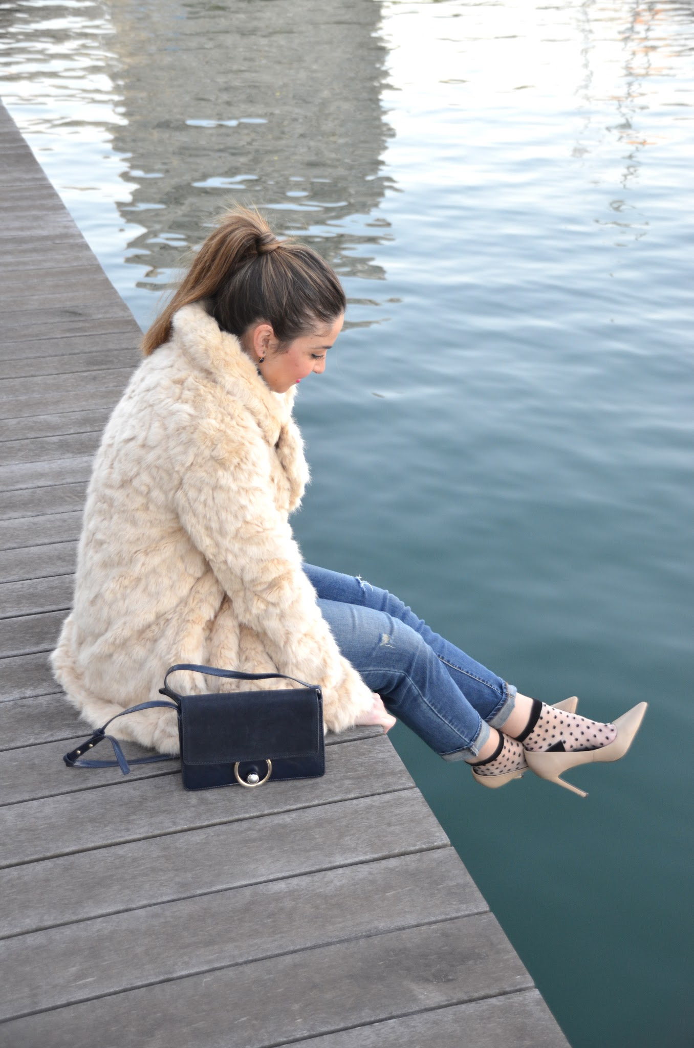 how to style a fur coat in winter
