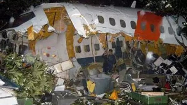 Pendaratan Mencekam Lion Air MD2 JT 538 di Solo 30  30 November 2004