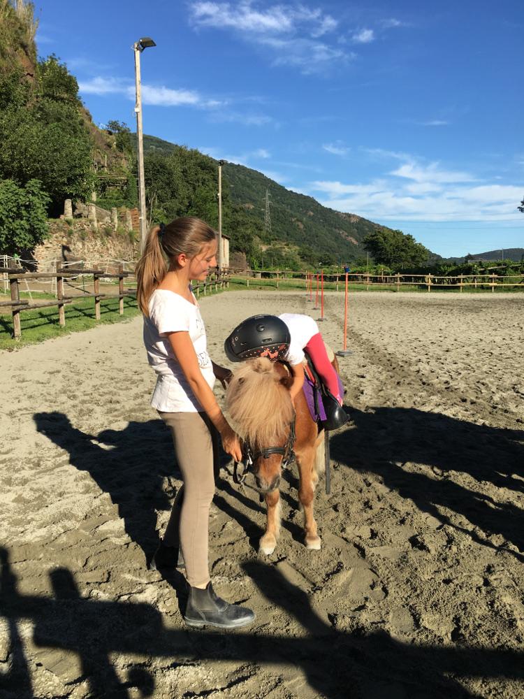 un abbraccio al pony