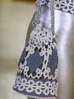 http://amicrochet.blogspot.com.es/2010/01/cartera-y-cinturon-con-encaje-de-brujas.html