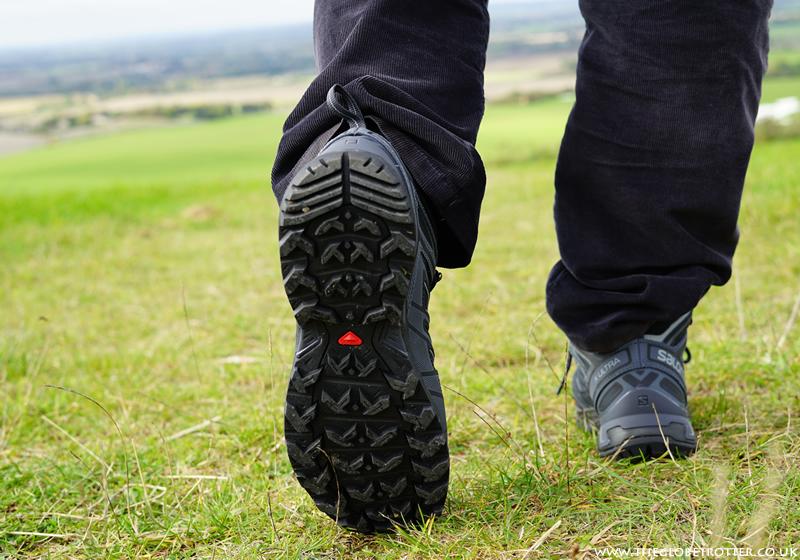 Salomon Men's X Ultra Mid 3 GORE-TEX Walking Boots