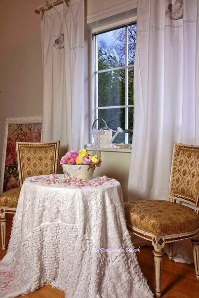 Romantic Homes Decorating: Home Decorating Ideas: Romantic Decorating Ideas