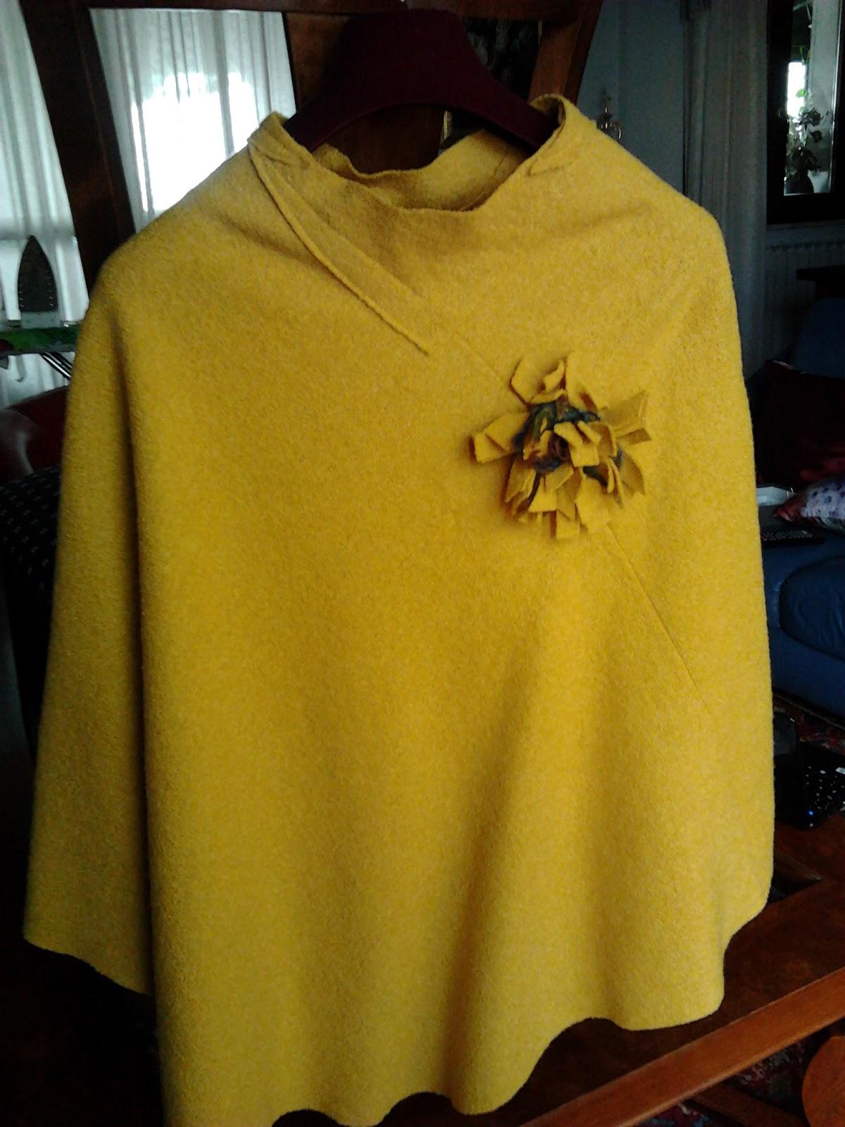 Preferenza BELLE COSE: e per pasqua una mantella in lana cotta facile facile  PK46
