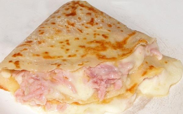 Receita de crepe de presunto e queijo (Imagem: Reprodução/Xtudoreceitas)