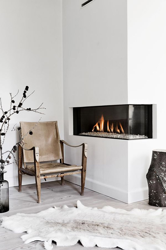 DECOR TREND: Minimalist fireplace | Line T. Klein via Interior magasinet