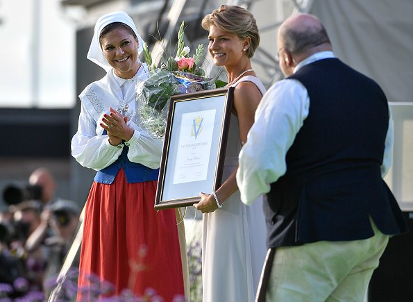 Crown Princess Victoria presented the Victoria scholarship to Swedish mountain bike rider Jenny Rissveds