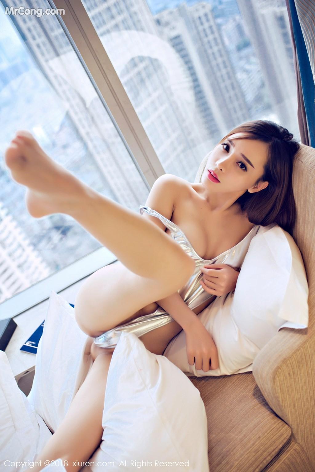 Image XIUREN-No.946-Ai-Xiao-Qing-MrCong.com-016 in post XIUREN No.946: Người mẫu Ai Xiao Qing (艾小青) (46 ảnh)
