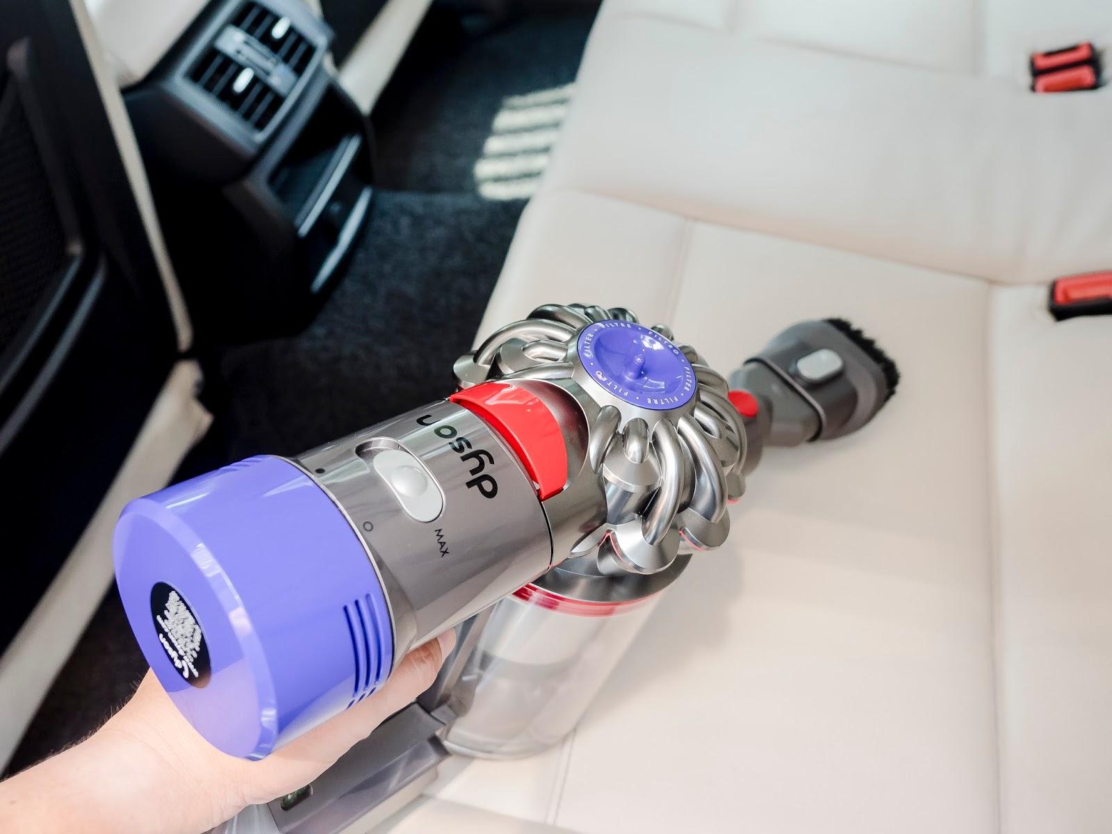 The Ulitmate Family Vacuum Cleaner Dyson V8 Fluffy The