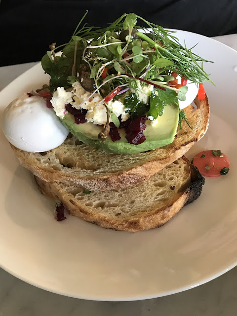 The Bean Thief, East Kew, poached eggs and avocado