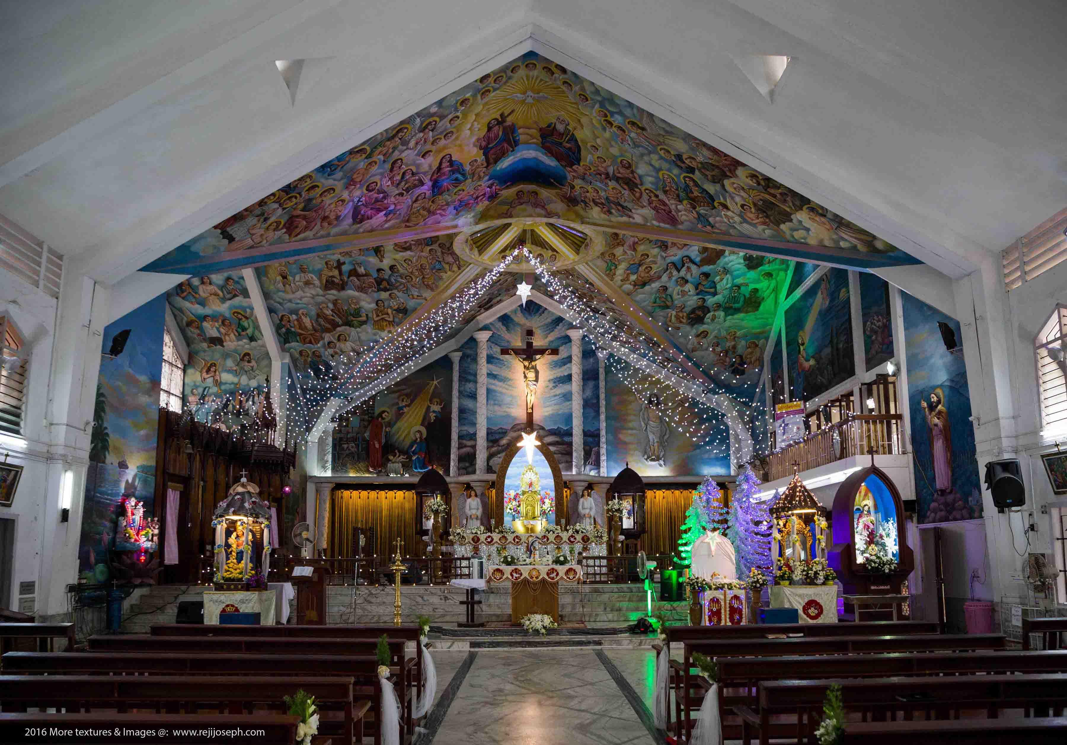 St. Mary's Basilica Altar Christmas days Ernakulam 00001