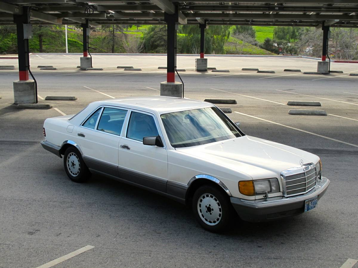 Slightly more modern in appearance, but no less awesome is this 1986  Mercedes-Benz 300SDL W126 offered for $3,900 via craigslist. The seller  mentions that ...