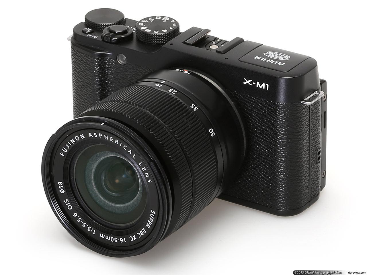 Fujifilm XM-1 dengan lensa kit XC 16-50mm