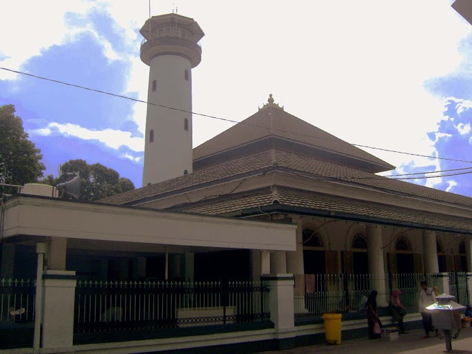 Sejarah Singkat Masjid Agung Sunan Ampel (MASA) Surabaya