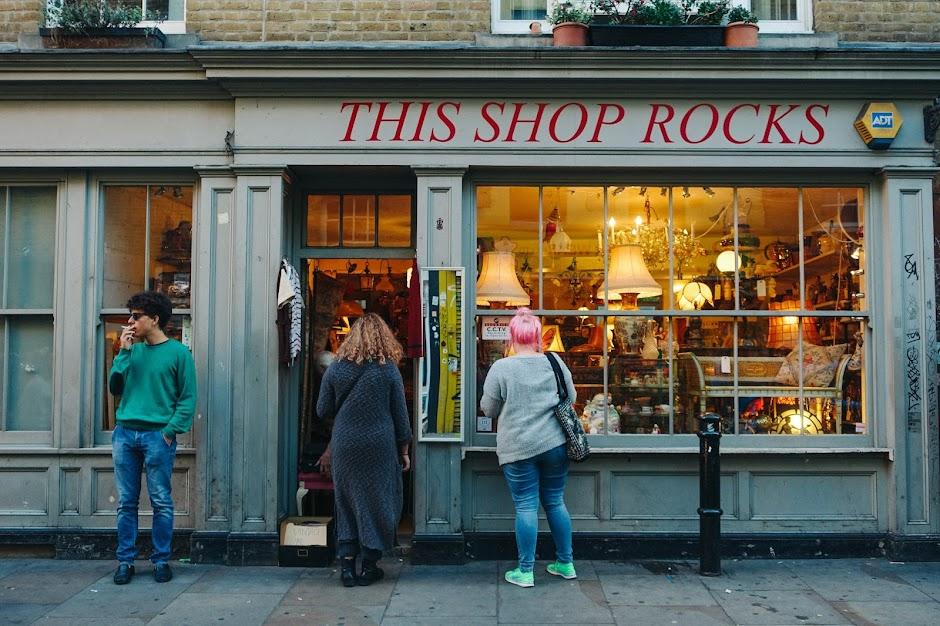 ディス・ショップ・ロックス(This Shop Rocks)