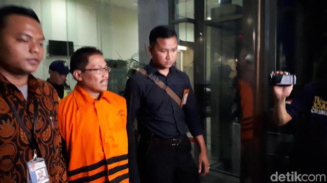 Ditahan KPK, Bupati Cirebon Bantah Terima Suap Jual Beli Jabatan