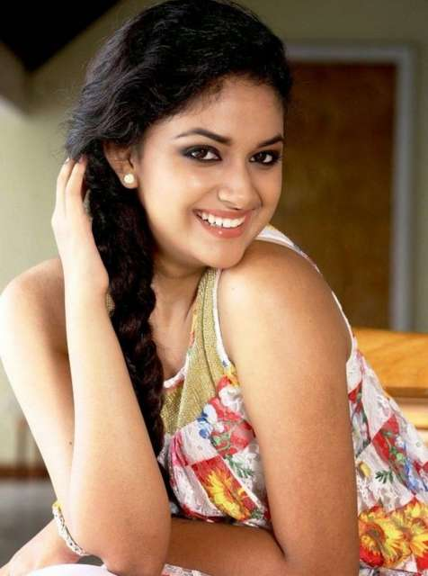 Keerthi Suresh cute Smiling images